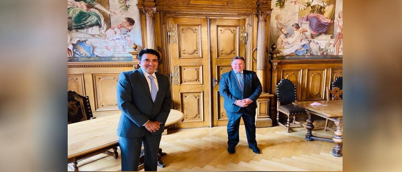 Consul General with Mr. Stefan Bosse, Lord Mayor of Stadt Kaufbeuren